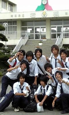 岩槻高等学校制服画像